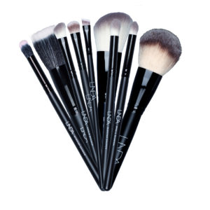 Lux Brush kostesett